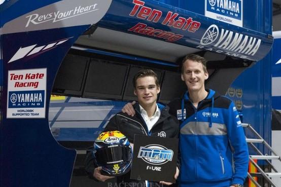 Motorcoureur Jamie van Sikkelerus uit Akersloot blijft met eigen team actief in het WK supersport