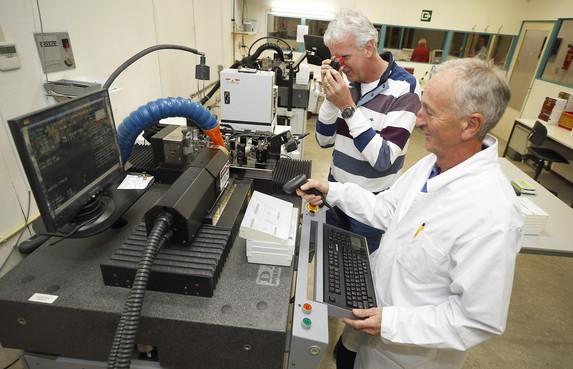 Contaclenzen van UCO uit Wieringerwerf zijn tot op de duizendste millimeter nauwkeurig
