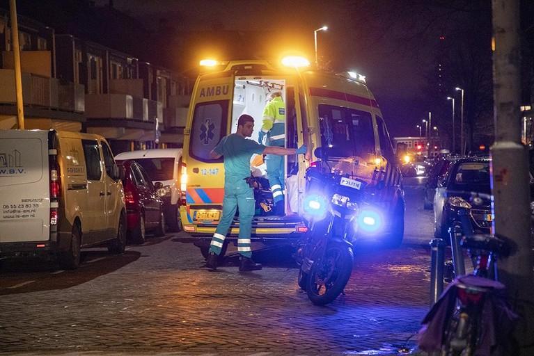 Maaltijdbezorger raakt gewond bij aanrijding in Haarlem-Noord