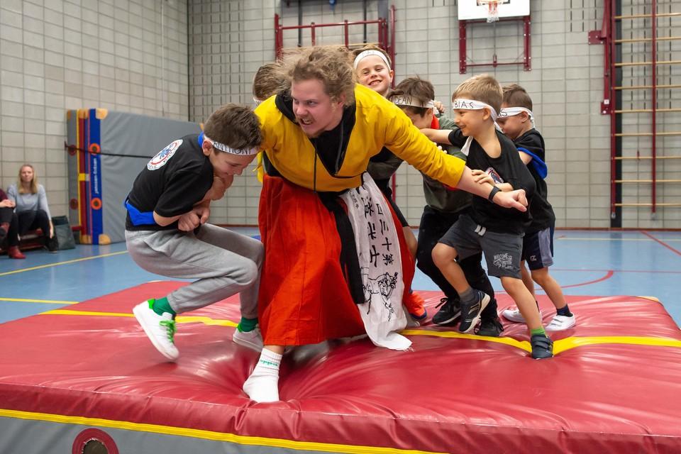 Jonge ninja's met een missie.