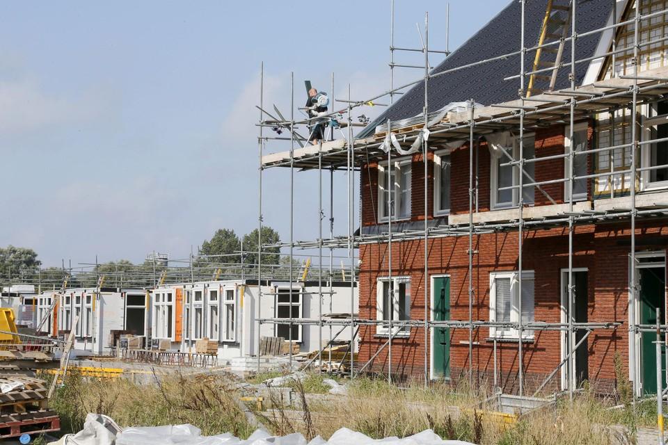 Nieuwbouw in 't Zand-Noord schiet al op. Net als de bouwplannen van bijvoorbeeld de Delftweg in Tuitjenhorn, Westerpark in Schagen en voor onder andere Remmerdel in Warmenhuizen en de Veluweweg in Waarland.