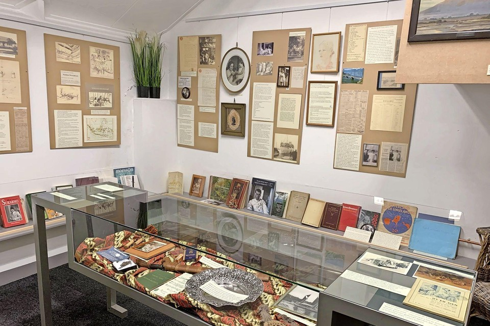 Een deel van de expositie over Indië in het Historisch Museum Heiloo.
