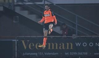 Elfde uit ongeslagen serie Volendam voelt als verlies; late goal Almere betekent derde gelijkspel op rij: 2-2