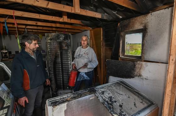 Voorbijganger behoedt Schapenstreek in Lutjebroek voor veel grotere brand