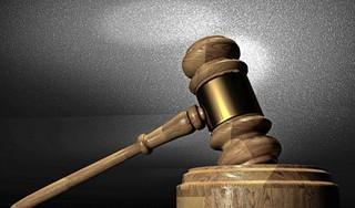 Veelplegende inbreker uit Heerhugowaard moet 14 maanden zitten. Met dwang wordt hij daarna geholpen om van de drugs en de alcohol af te blijven