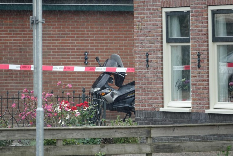 Explosief gevonden bij scooter in Hoogkarspel, aantal huizen ontruimd [video]