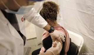 New York biedt burgers 100 dollar als ze zich laten vaccineren