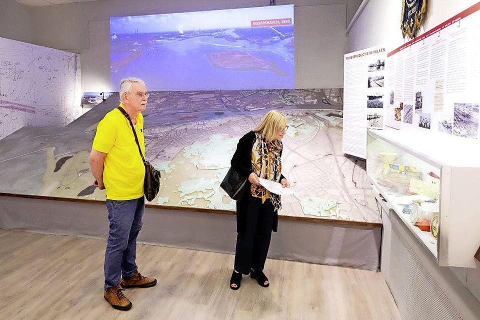 Kijken naar de ontwikkeling van de industrie langs het Noordzeekanaal.