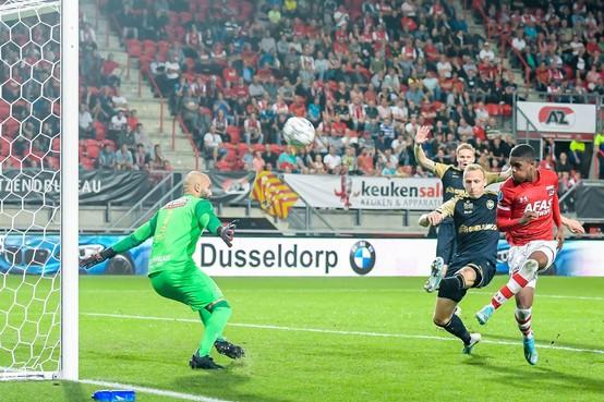 AZ begint ook tegen Royal Antwerp FC weer met een gelijkspel aan een Europees tweeluik