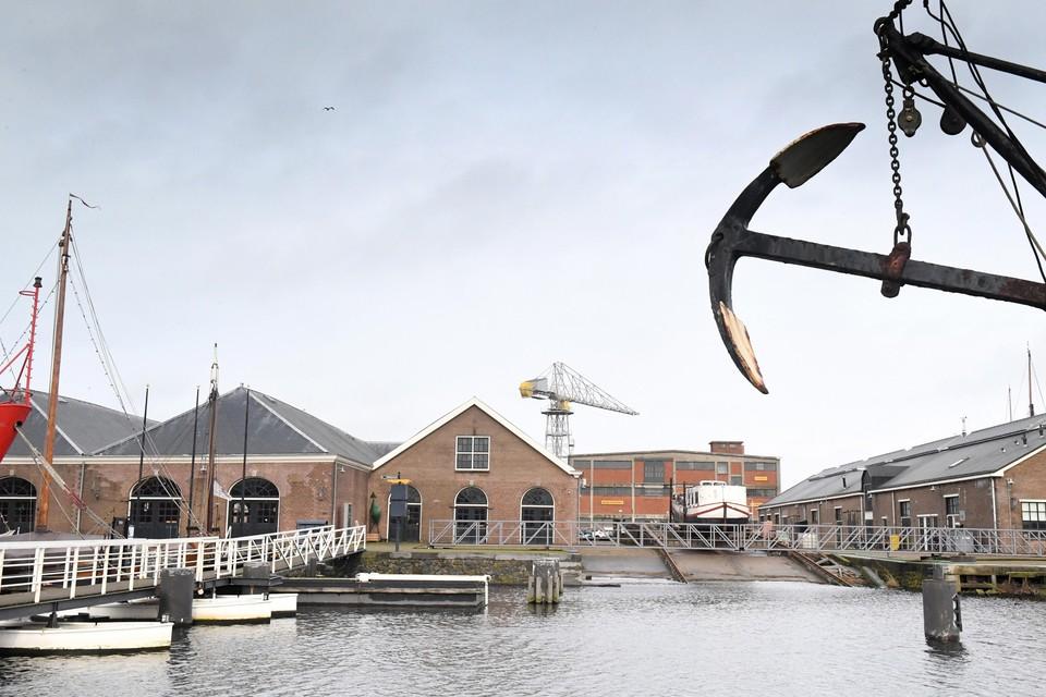 Coalitie en oppositie in de Helderse gemeenteraad verschillen hevig van mening over nut en noodzaak van een stadhuis op Willemsoord.