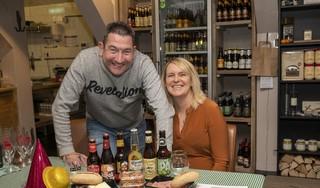 Wolfsend 'beste' restaurant van Zaanstad; Janet en Jeroen: 'De truc is om afhaal- en bezorgeten als een cadeau te verkopen'