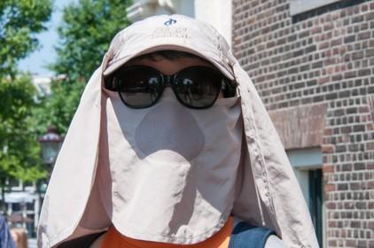 Verdwijnt het virus in een warme zomer? Viroloog Louis Kroes over de 'multimillion dollar'-vraag