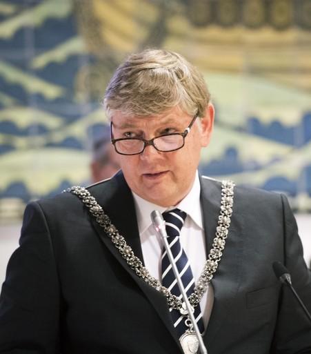 Burgemeester Bloemendaal: 'Niets geheim in onderzoek Elswoutshoek'