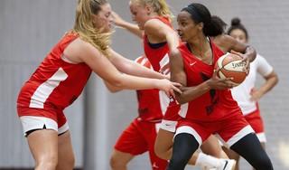 Vrouwen Den Helder pakken met basketbalbeker eerste prijs in tien jaar maar mogen niet gillen