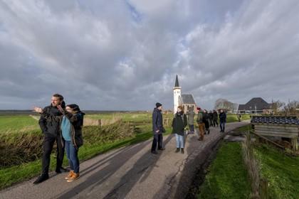 Beverwijkse kunstenaars van Studio O doen een dagje Texel: 'Ik moet even uit mijn comfortzone'