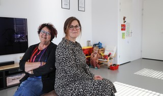 Waarom moeder Yvonne Sas uit Zwaag zo belangrijk is: 'Met minder energie door twee herseninfarcten, heeft ze inmiddels toch vier kinderen te verzorgen'