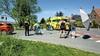 Bestuurder van brommer raakt zwaargewond bij ongeval in Rijsenhout; chauffeur aangehouden na het lozen van een voorwerp in de sloot
