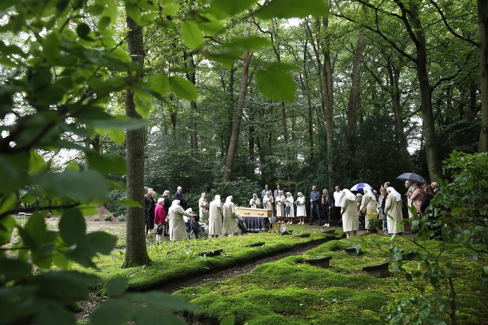 De begrafenis van zuster Bartholine op donderdag 15 juli.