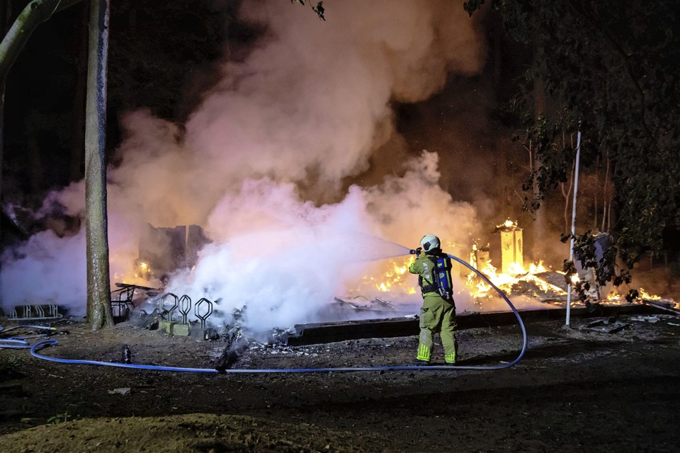 Brand in het clubhuis van Merhula, vroeger ook kleuterschooltje van Willem-Alexander