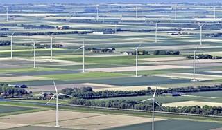 Er zijn nauwelijks Nederlanders die windmolens in hun buurt een zinvolle bijdrage aan duurzaamheid vinden   commentaar