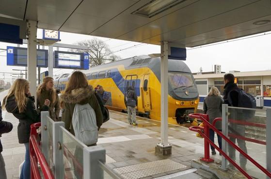 Grond onder treinspoor in Kop van Noord-Holland is risicogebied en kan door toekomstplannen verzakken. Niet zo gek, vindt Prorail