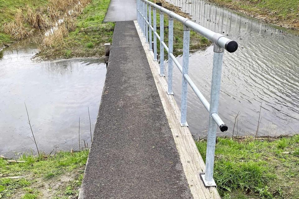 Over deze bruggen kan geen rolstoeler heen.
