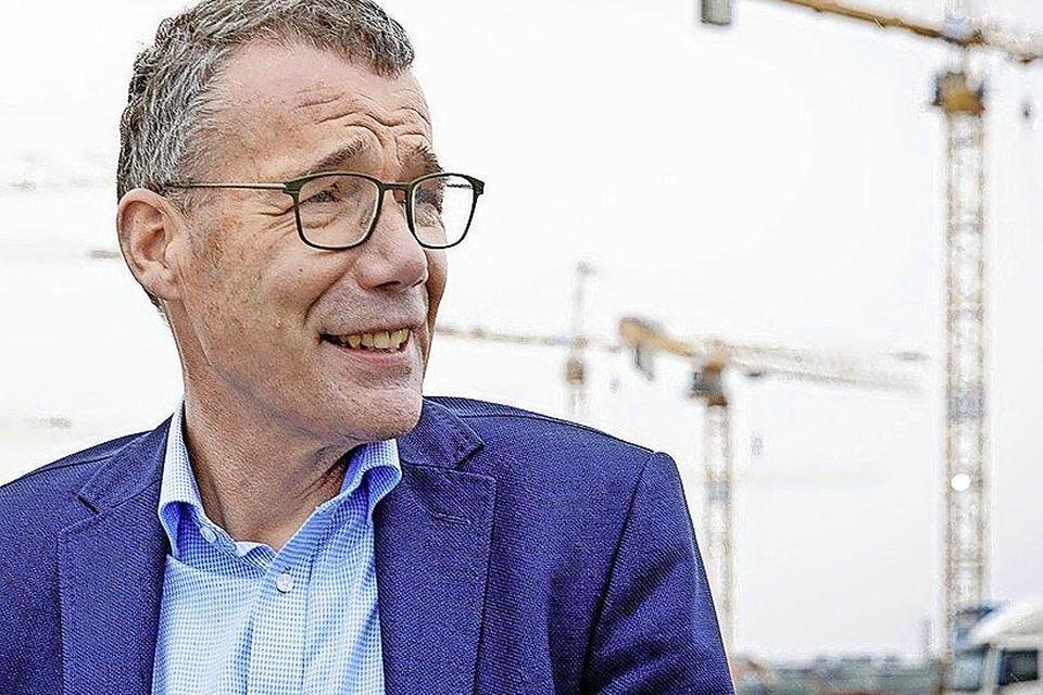 Thijs Pennink, de huidige directeur-bestuurder van het ontwikkelingsbedrijf, vertrekt.