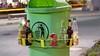 Idee Partij voor de Dieren: Help inzamelen flesjes met Doneerringen rond afvalbakken'