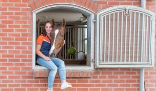 Mercedes Verweij uit Hem wil in Hongarije bij EK dressuur voor ruiters onder 25 jaar haar flutseizoen opfleuren: 'Ik hoop gewoon mijn beste proef te kunnen laten zien'