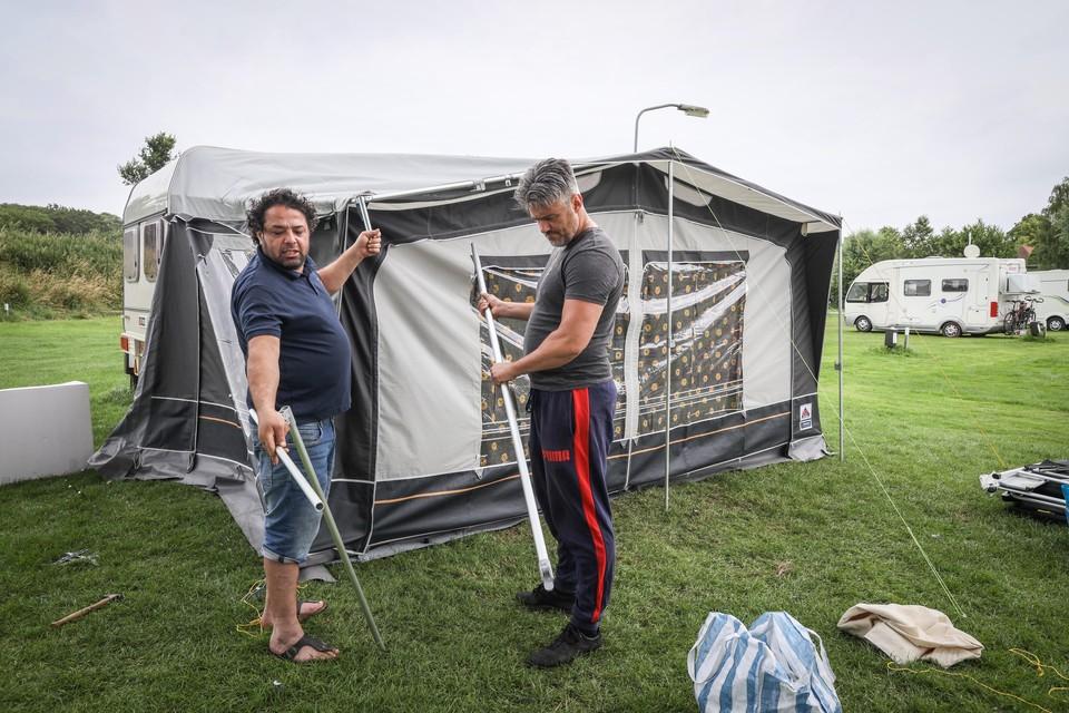 Vlak voor de zomer werden de tenten op De Veste opgezet.