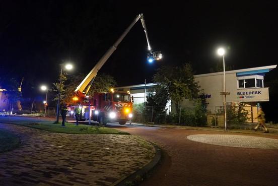 Weer brand in leegstaand kantoorpand in De Hoef in Alkmaar