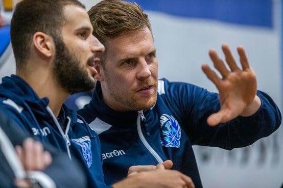 West-Fries Thomas Koenis aast als captain van Donar op unicum in het Nederlandse basketbal: 'Ik ga me niet ineens als het mannetje gedragen'