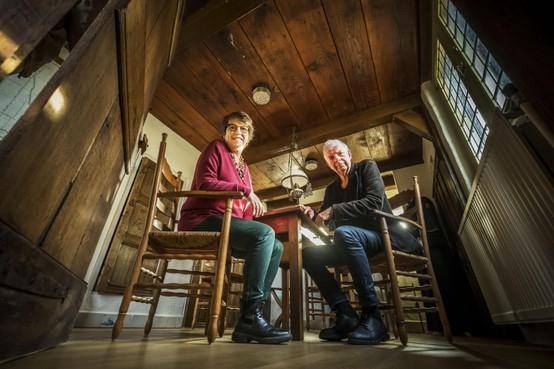 Frieda van Truijen kruipt in Raadhuis Grootschermer in de huid van de 17e eeuwse boerenvrouw Grietje Pieterz: 'Het is niks voor mij, natte voeten'
