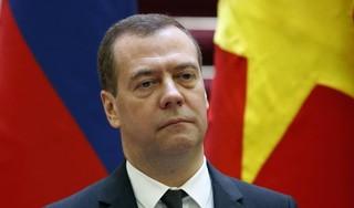 Poetin geeft Medvedev geen prominente plaats meer