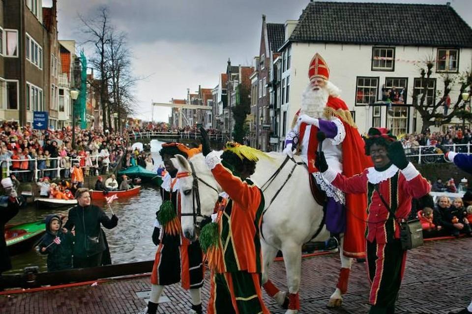 De landelijke intocht van de sint vond in 2004 plaats in Alkmaar.