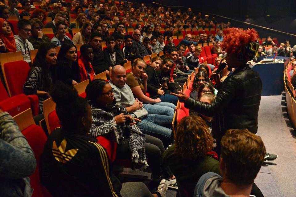 POV en PVV willen weer volle zalen in het Zaantheater.