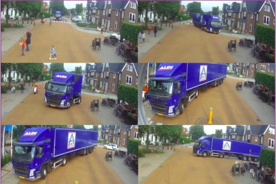 Screenshot van de achteruitrijdende Aldi-truck.