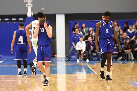 Den Helder Suns ondervindt wat volwassen worden op basketbalvloer inhoudt: Leeuwarden naar bekerfinale tegen Donar