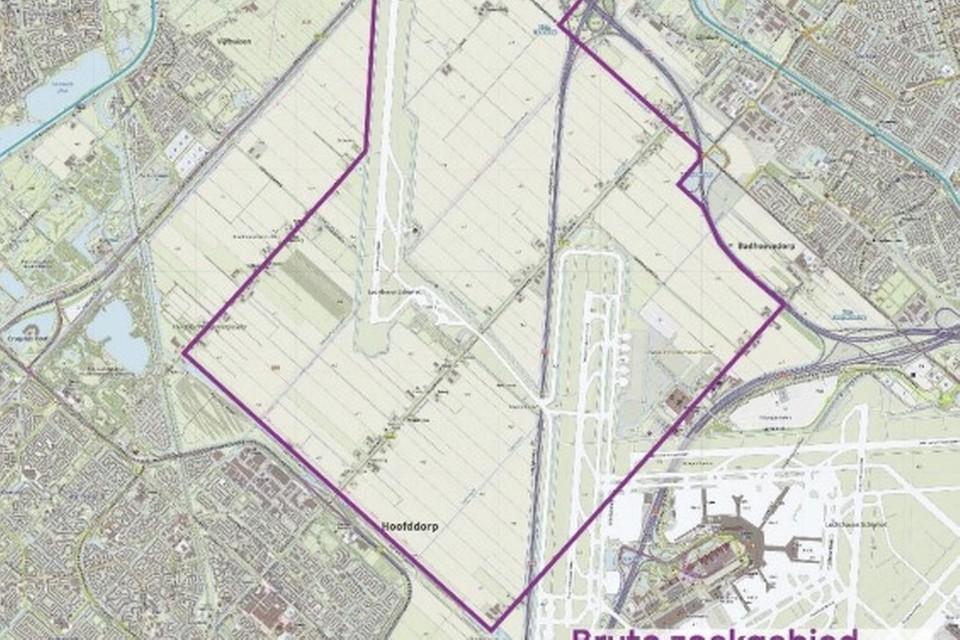 Het zoekgebied voor het zonnecarré bij Schiphol. Het nieuwe zonnepark van Vattenfall komt in de onderste punt. Het bestaande zonnepark De Groene Hoek ligt net zuidwesten ervan.