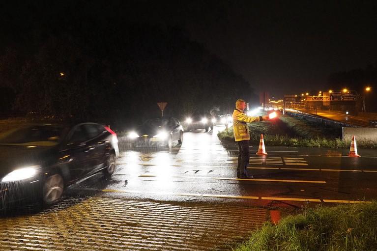 Gewonde en aanhouding bij ongeluk in Velsertunnel