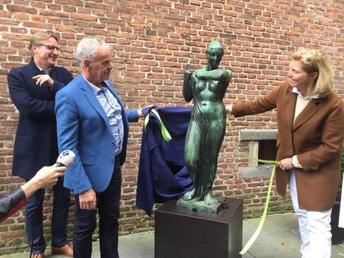 Gestolen beeld Minerva duikt na dik dertig jaar op in Hoorn