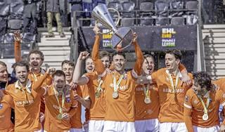 Eerste tweestrijd op hockeyveld tussen België en Nederland gewonnen door het 'Oranje' van Bloemendaal