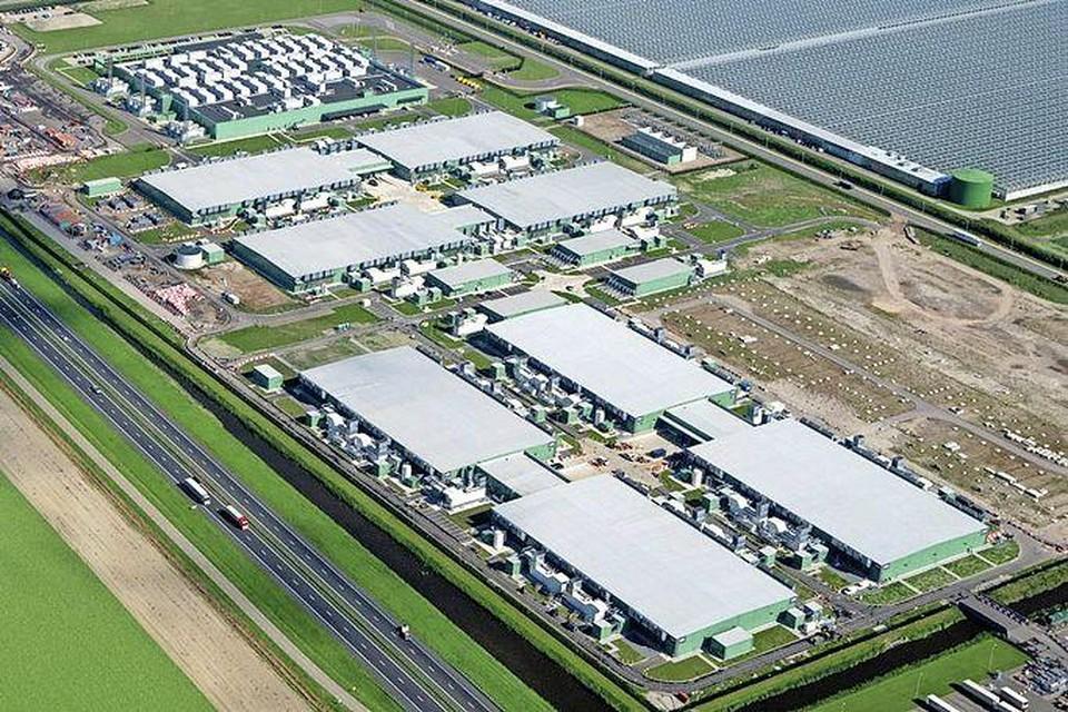 Datacenters in de Wieringermeer.