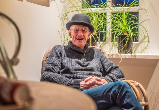 Bart Jansma is de nieuwe spreekstalmeester van de Folklore in Schagen. Alles in foutloos West-Fries? 'Verwacht dat maar niet van moin, heb ik tegen het bestuur gezegd'