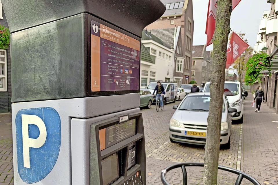 De gemeente Alkmaar heeft het contract met ParkeerService per 1 januari 2022 opgezegd na vele klachten.