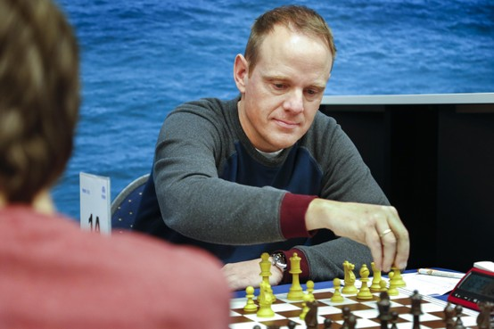 Zaandamse schaker Hein Middelhoven kleurt met dank aan Youtube belofte uit jeugd beetje bij beetje alsnog in