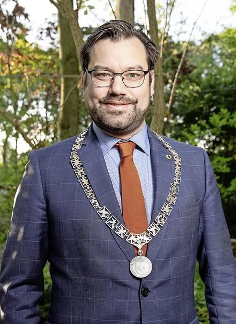 """Burgemeester Michiel Pijl: ,,ik hoop dat de dader snel wordt gepakt."""""""