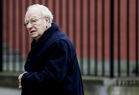 Minister van Staat Jos van Kemenade (PvdA) overleden in zijn woonplaats Heiloo