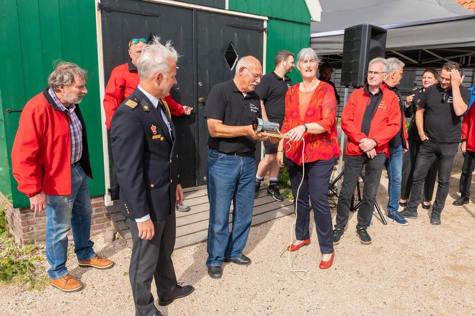 Wethouder Annette Baerveldt opende het museum op de Zaanse Schans