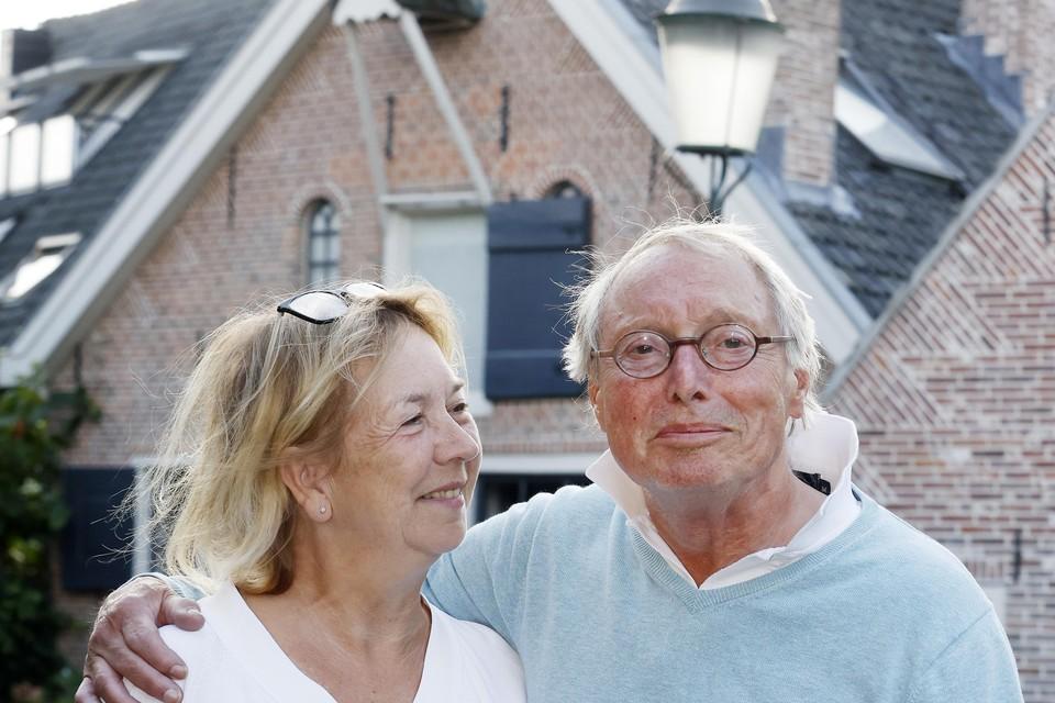 Monica van Alewijn checkt altijd alle teksten van partner Jan Groothuis.
